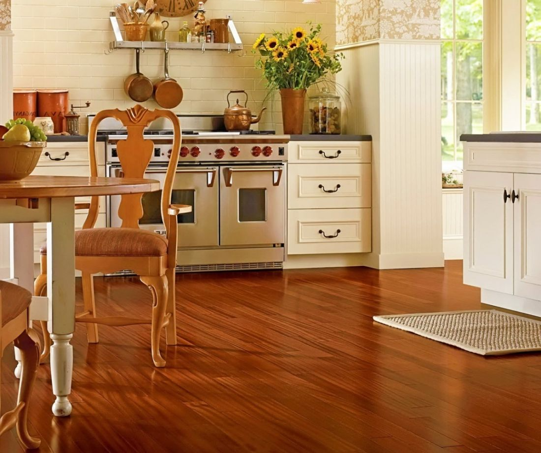 Пробка на пол: плюсы и минусы материала для кухни